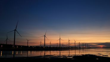 <p>The cleanest dozen: leading the way to renewable energy</p>