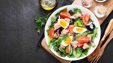 <p>Mediterranean Diet: the golden ticket to a healthy life</p>
