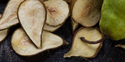 Rocha Pear Cinnamon chips